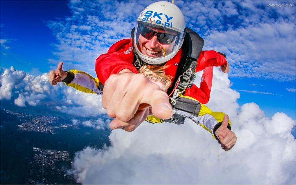 Szkolenia AFF dla skoczków spadochronowych