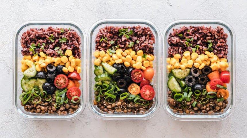 Dieta pudełkowa – wszystko, co warto wiedzieć o cateringu dietetycznym